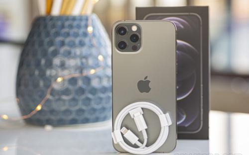 iPhone có thể sẽ sớm phải dùng cổng sạc USB-C