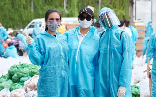 Khánh Vân, Kim Duyên, Lệ Hằng lan tỏa yêu thương với dự án 'Chuyến xe thực phẩm 0 đồng' lần 7