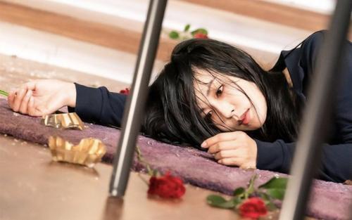 Cô giáo Cheon Seo Jin 'trả nghiệp' nhưng rating phim 'Penthouse 3' tập 11 lại giảm