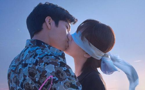 Xui như Dương Tử, phim 'Nữ tâm lý sư' cũng đứng trước nguy cơ cấm sóng vì nữ phụ Trương Quân Ninh