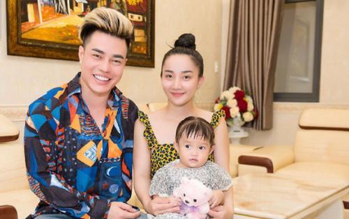Vợ bị chỉ trích vì suốt ngày mặc đồ bộ, Lê Dương Bảo Lâm lên tiếng trần tình khiến fan vỗ tay thán phục