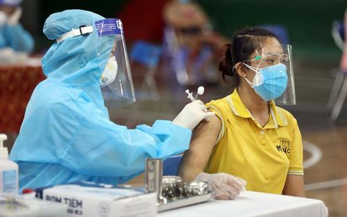 Bộ Y tế cho phép tiêm trộn 2 loại vaccine Moderna và Pfizer, nhưng chỉ trong trường hợp bất khả kháng
