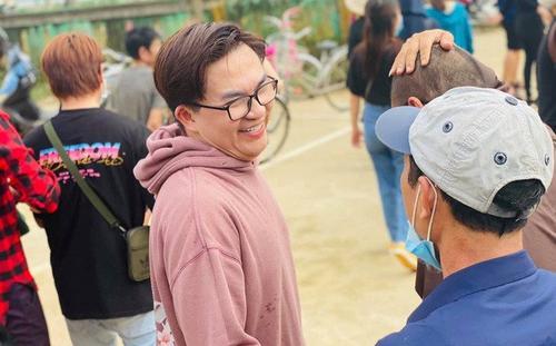 Sau nghệ sĩ Việt Hương, MC Đại Nghĩa thông báo ngưng tiếp tế lương thực vì lý do này