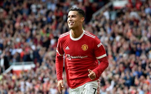 Cựu danh thủ Anh 'quay xe', khen Ronaldo hết lời