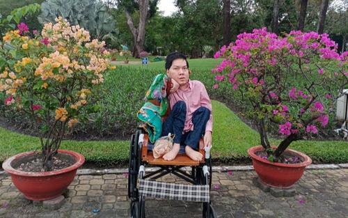 Câu chuyện nghị lực sống của Nhà thơ trẻ khuyết tật Vũ Đức Nguyên