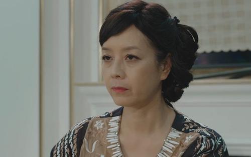 Tập 35 'Mặt nạ hạnh phúc': Thua cả giúp việc NSƯT Chiều Xuân không có tiếng nói trong gia đình