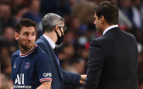 Messi thái độ hậm hực, từ chối bắt tay HLV Pochettino sau khi bị thay ra