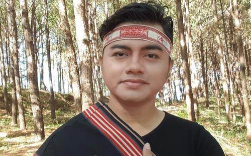 Nghệ sĩ Việt tiếc thương trước sự ra đi của ca sĩ Y Jang Tuyn