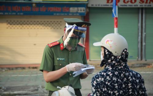 Từ 6h ngày 21/9, Hà Nội không kiểm soát giấy đi đường, bỏ phân chia 3 vùng chống dịch