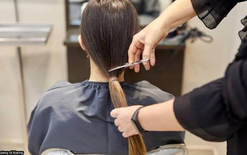 'Xuống tóc' quá tay làm khách sang chấn tâm lý, salon làm đẹp phải bồi thường số tiền 'khủng'