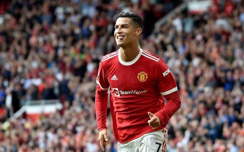 Ronaldo muốn treo giày ở sân Old Trafford