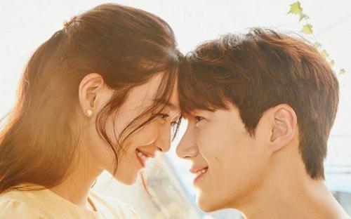 'Hometown Cha Cha Cha' tập 10 bùng nổ cảm xúc với nụ hôn tỏ tình của Shin Min Ah và Kim Seon Ho