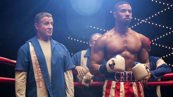 Đấm bốc quyết liệt suốt cả một phim, sau cùng 'Creed II vẫn không thoát khỏi lời nguyền kết thúc nhạt nhẽo