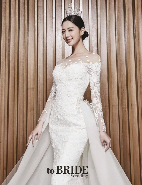 Clara mua căn hộ ở tòa nhà cao thứ 5 thế giới với 702 tỷ đồng, trở thành hàng xóm của Jo In Sung
