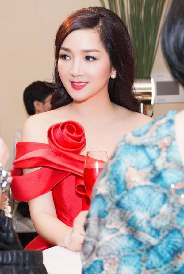 3 nàng hậu này tuyệt đối không có người kế nhiệm trong lịch sử nhan sắc Việt