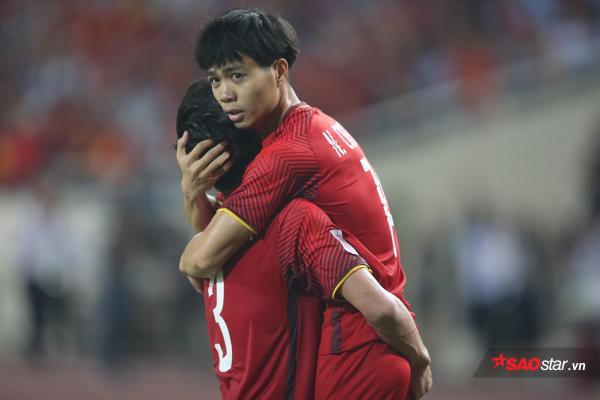 Công Phượng đã chơi cực hay trước iraq, với 1 bàn thắng. Chỉ tiếc là tuyển Việt Nam đã thua ngược 2-3 trước Iraq.