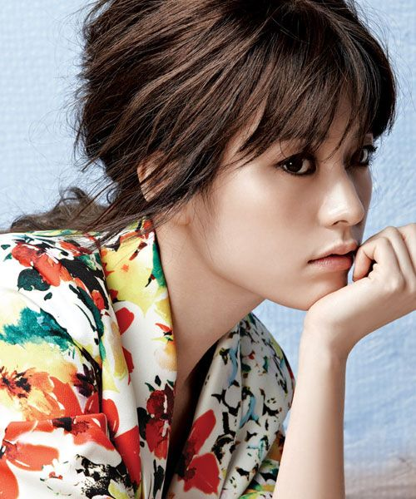 Han Hyo Joo thâm nhập Hollywood  Suzy cảm ơn xe cà phê của Lee Young Ah trên phim trường Vagabond