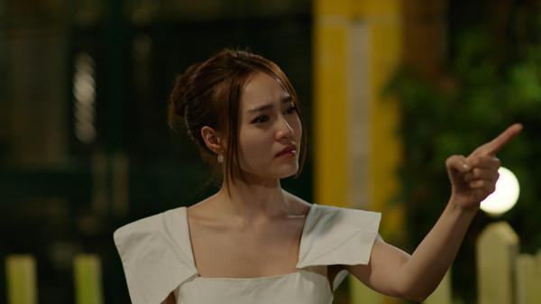 Với Cua lại vợ bầu và Gái già lắm chiêu 2, Ninh Dương Lan Ngọc có thể trở thành bà hoàng phòng vé?