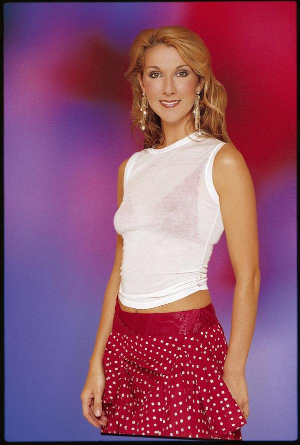 """Celine Dion với nhan sắc và vóc dáng khiến nhiều trái tim """"xiêu đổ""""."""
