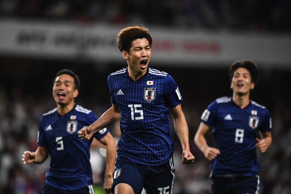 Các cầu thủ Nhật Bản đã có trận thắng tưng bừng trước Iran.