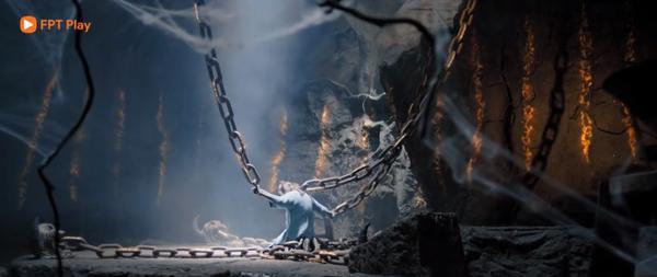Lệ Trần Lan bị giam cầm từ nhỏ trong núi Ma Phong, được gia tộc họ Lộ canh giữ, đến đời Lộ Chiêu Diêu và Ông mình.