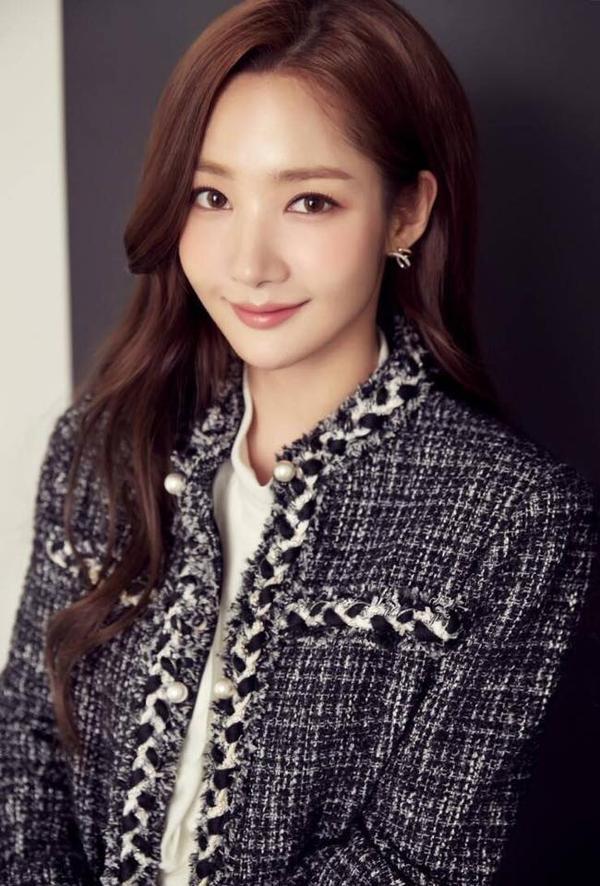 NÓNG! Thư kí Kim Park Min Young trút bầu tâm sự về tin đòn hẹn hò với Park Seo Joon
