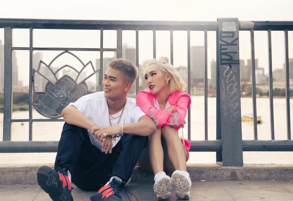 Big Daddy và Emily trong MV.