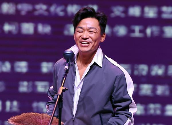 Châu Tinh Trì kể chuyện đời mình thông qua các nhân vật trong Tân Vua Hài Kịch