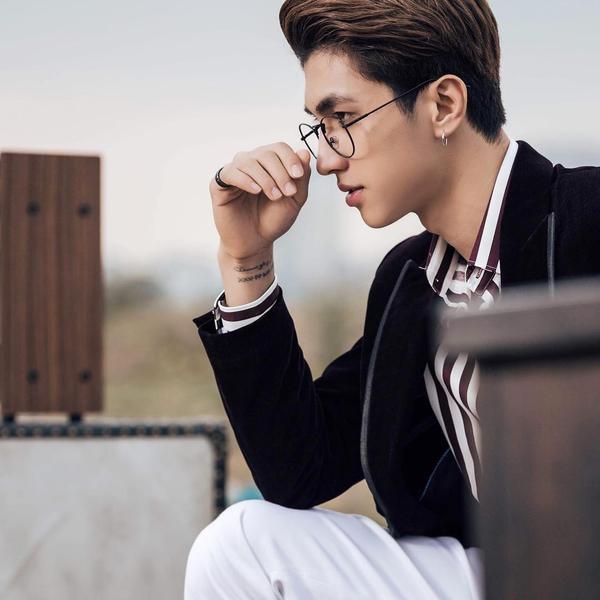 Vẻ điển trai như tài tử Hàn Quốc của người yêu Á hậu Phương Nga