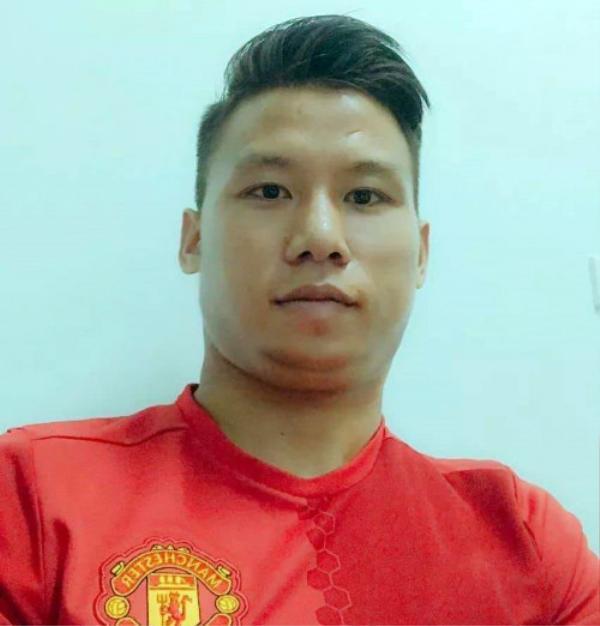 """Còn đây là vị đội trưởng """"số má"""" nhất đội tuyển Việt Nam - Quế Ngọc Hải."""