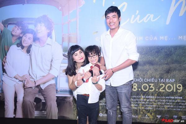 Gia đình nhỏ của Mẹ Tuệ: Cát Phượng, Kiều Minh Tuấn và bé Huy Khang
