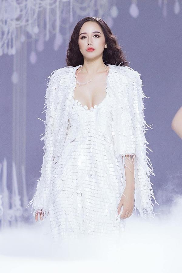 Hoa hậu Mai Phương Thúy: Tôi luôn tiếc không có hai giải hoa hậu để trao cho cả Hen và Thùy!