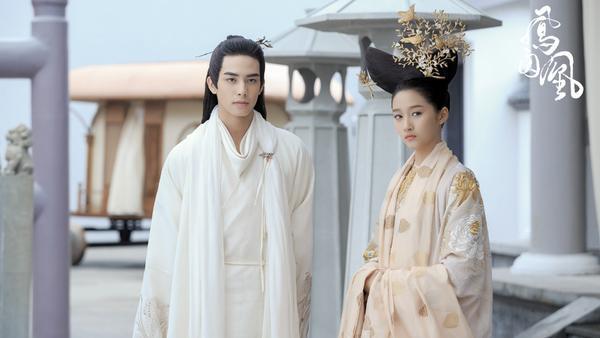 Cùng là nam chính mưu mô xảo quyệt nhưng vì sao Lý Thừa Ngân Đông cung lại bị chỉ trích nhiều hơn Dung Chỉ Phượng tù hoàng?