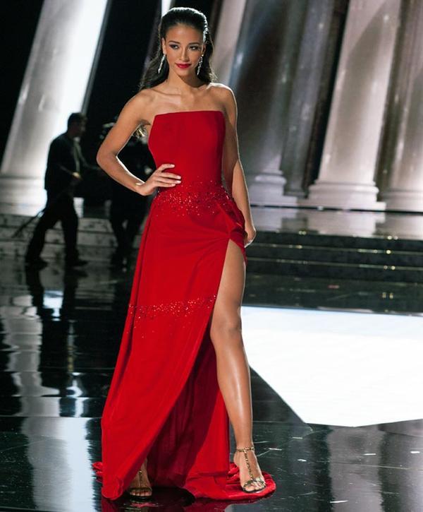 Flora Coquerel - top 5 Miss Universe 2015 người Pháp.