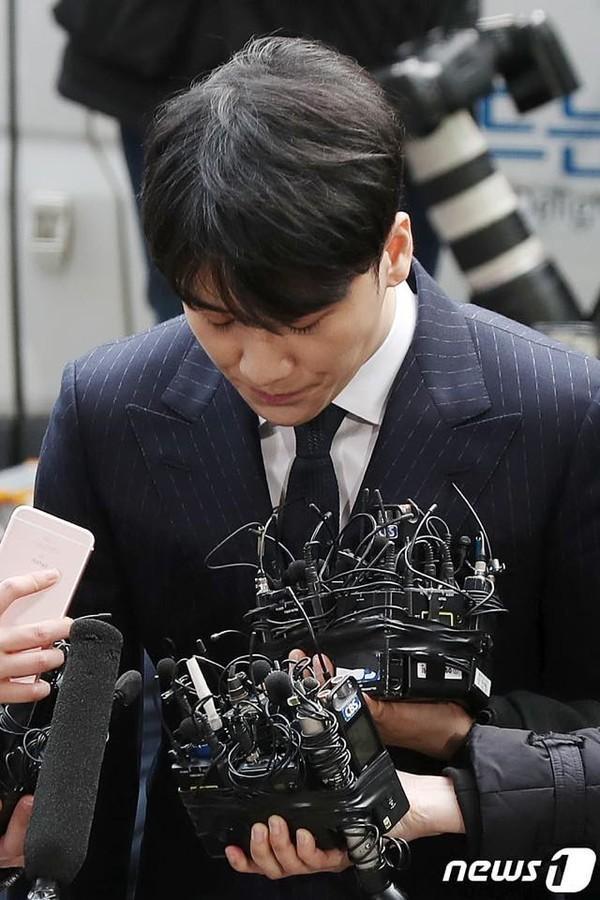 Scandal trước chưa kịp lắng dịu, Seungri tiếp tục làm dư luận dấy lên trước cáo buộc anh từng sử dụng cocaine tại nước ngoài!