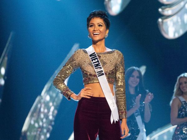 HHen Niê là hoa hậu Việt đầu tiên có câu nói truyền cảm hứng xuất hiện trên trang chủ Miss Universe