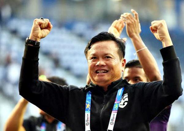 HLV tuyển Thái Lan tuyên bố hạ Việt Nam và các đối thủ để vô địch King's Cup.