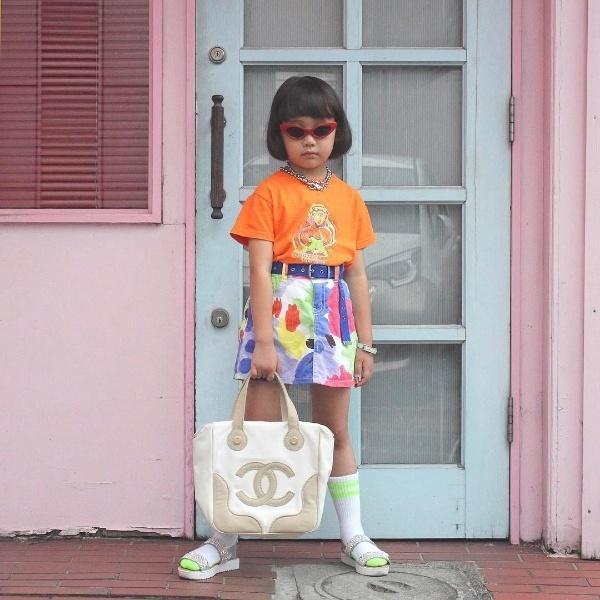 Cô bé không theo bất cứ nguyên tắc thời trang nào, chính sự độc đáo này làm cho Coco được số đông fan hâm mộ yêu thích và theo dõi trên trang cá nhân