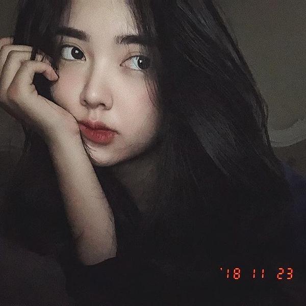 Nhan sắc xinh đẹp của bạn gái Hà Đức Chinh - Mai Hà Trang.