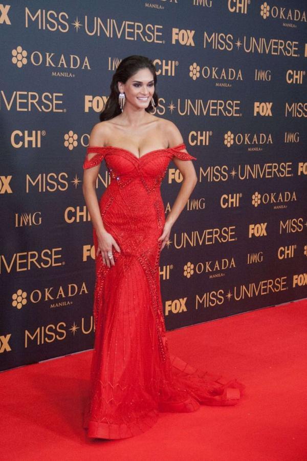 Hoa hậu có vòng 1 khủng nhất lịch sử Miss Universe, số đo lên tới 103cm