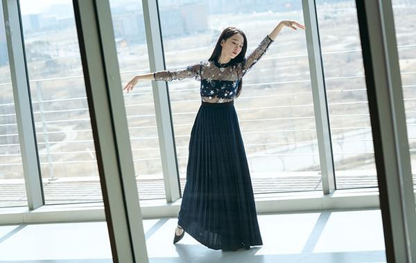 Diễn viên múa ba lê lạnh lùng Lee Yun Seo.