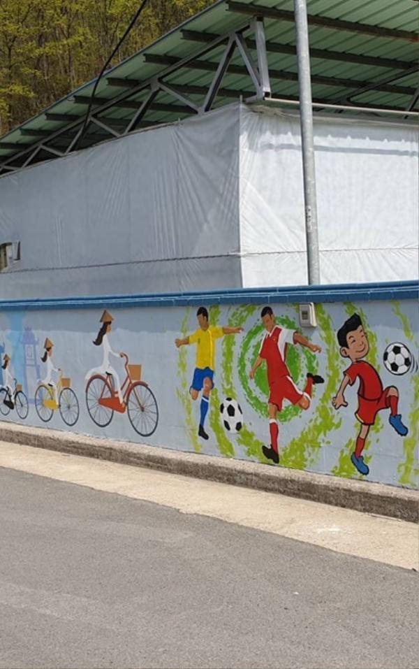 Có thể nói HLV Park Hang Seo không chỉ đơn thuần mang lại thành công cho bóng đá Việt Nam mà còn giúp quảng bá hình ảnh văn hóa, thể thao của đất nước hình chữ S với bạn bè quốc tế.