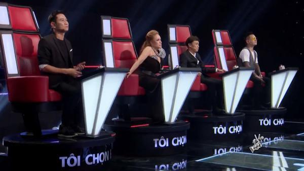 """Đến cuối vòng Giấu mặt nhưng vẫn có thí sinh được cả 4 chọn thế này, HLV nào sẽ giành """"chiến thắng""""?"""