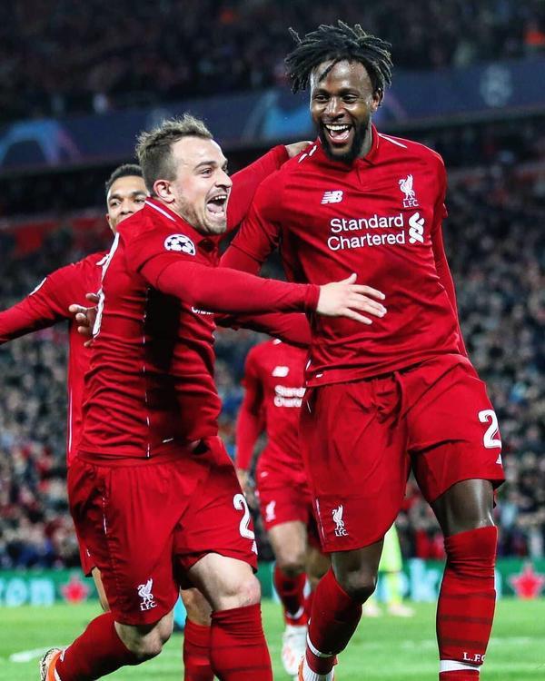 """Hai người ghi bàn cho Liverpool là Wijnaldum và Origi. Đây đều là những phương án dự phòng của HLV Juergen Klopp khi những cái tên như Firmino, Robertson dính chấn thương. Thế nhưng,4 bàn thắng của họ như đưa Liverpool trở về từ cõi chết, bởi không nhiều người đặt niềm tin vào khả năng đi tiếp cho """"The Kop""""."""