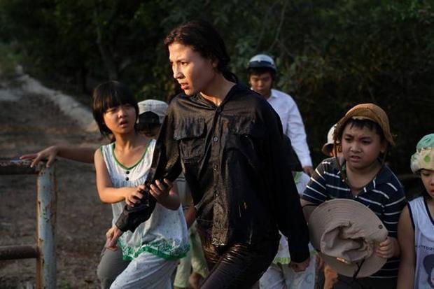 Thúy Diễm làm chủ vựa ve chai trong phim mới