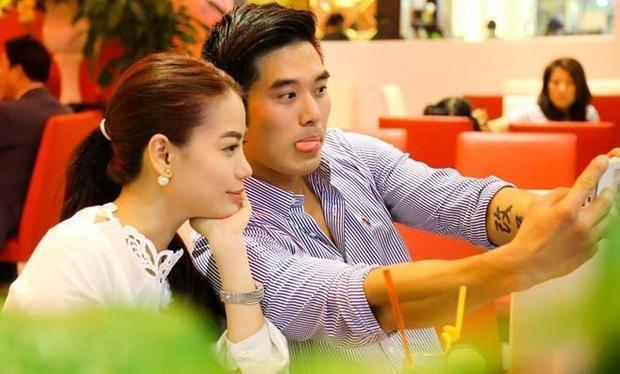 Trương Ngọc Ánh thân mật cùng võ sư Việt kiều