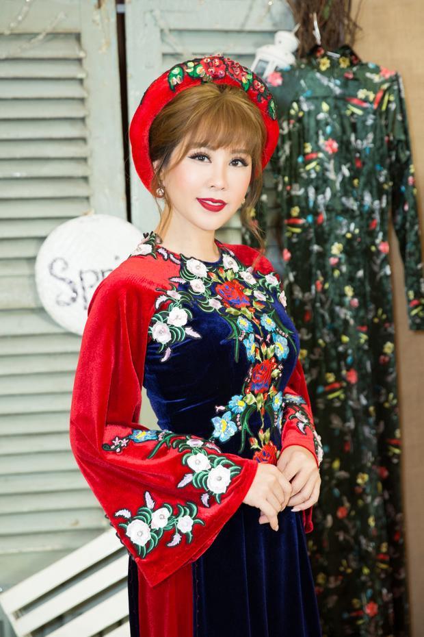 Với Thu Hoài, đây là niềm vui và hạnh phúc của cô khi được góp mặt trong một show thời trang mang ý nghĩ như vậy.