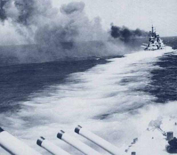 5 trận đánh ác liệt của những thiết giáp hạm