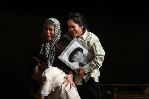 Kim Huyền: Từ Người vợ ma đến Người đàn bà uống rượu