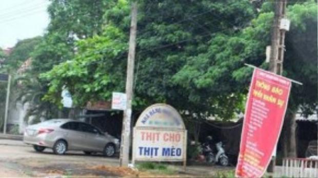 Quán thịt chó N.T, nơi Quang làm việc.